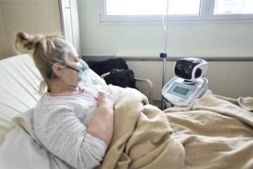 意大利医院引入机器人护理帮忙照料病患